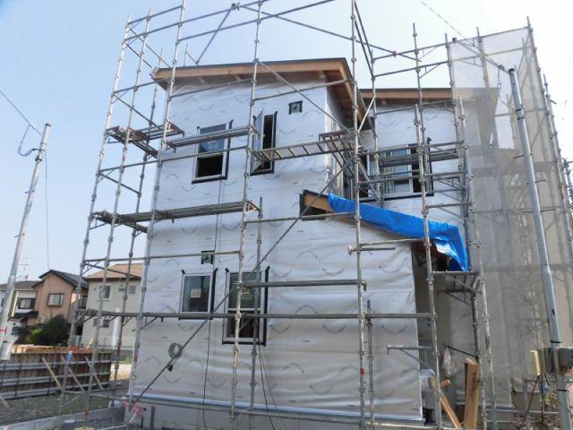 有限会社グローバル住宅 外観写真 高知市鴨部 鴨田小学校横の新築住宅 並列駐車可 4の外観写真