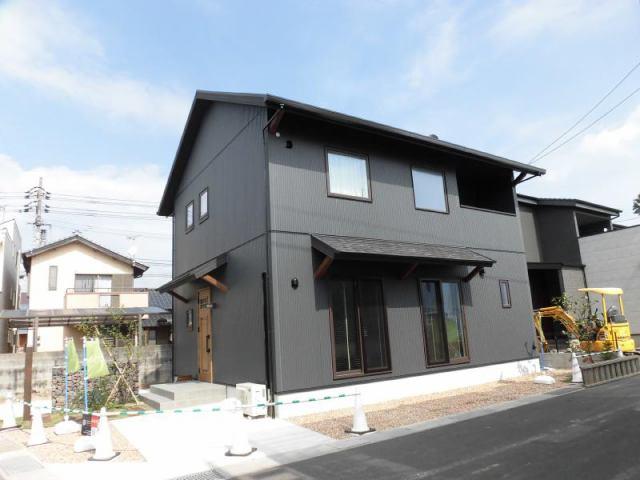 有限会社グローバル住宅 外観写真 高知市朝倉横町 駅・小学校近く 新築戸建の外観写真