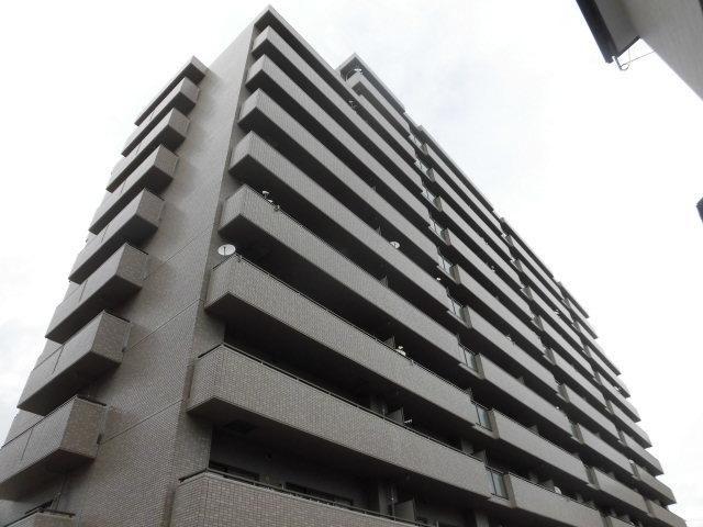 有限会社グローバル住宅 外観写真 高知市北本町 サーパス北本町第2 南向きの外観写真