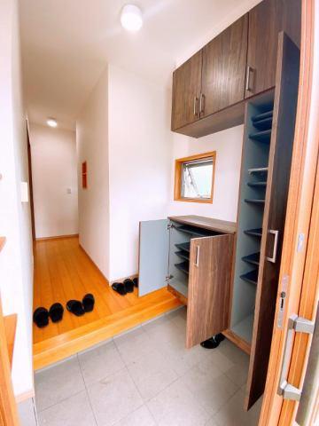 有限会社グローバル住宅 内観写真 上質な木を使ったリビングルーム