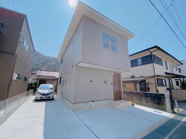 有限会社グローバル住宅 外観写真 高知市介良 新築一戸建て 耐震等級3相当 オール電化の外観写真