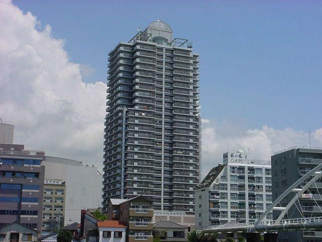 有限会社グローバル住宅 外観写真 高知市九反田 トップワン四国 リフォーム済の外観写真