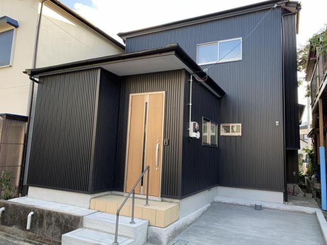 有限会社グローバル住宅 外観写真 高知市神田 中古住宅 全面リフォーム済 3LDKの外観写真