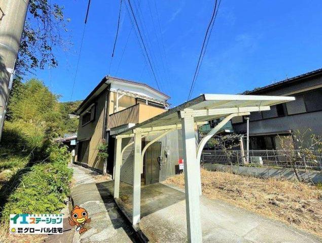 有限会社グローバル住宅 外観写真 高知市北秦泉寺 部屋数の多い 中古一戸建の外観写真
