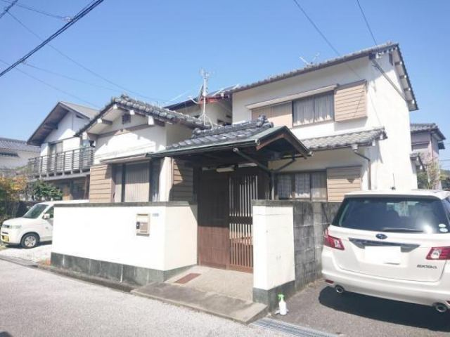 有限会社グローバル住宅 外観写真 高知市瀬戸東町 中古住宅 3LDKの外観写真