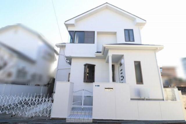有限会社グローバル住宅 外観写真 高知市瀬戸南町 中古住宅 4LDKの外観写真