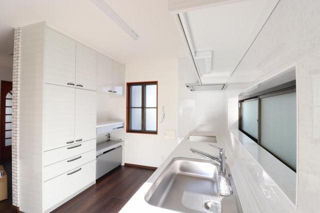 有限会社グローバル住宅 内観写真 高知市瀬戸南町 中古住宅 4LDKの内観写真