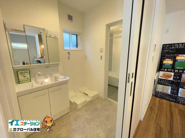 有限会社グローバル住宅 内観写真 洗面所