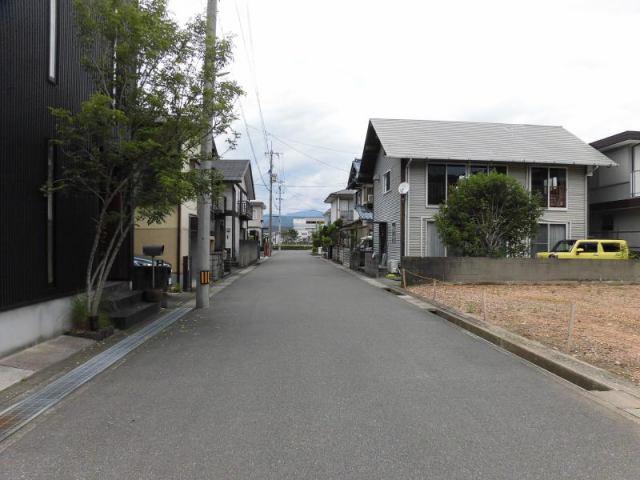 有限会社グローバル住宅 内観写真 フジグラン高知近く 新築住宅 4LDK 駐車4台 庭の内観写真