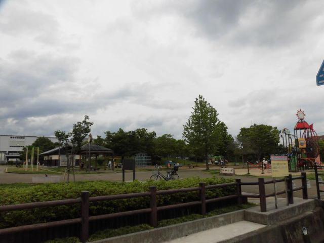 有限会社グローバル住宅 内観写真 大きな公園すぐ近くの住環境