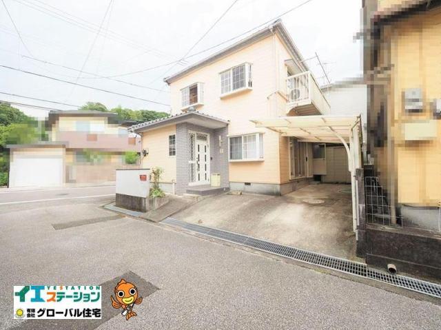 有限会社グローバル住宅 外観写真 高知市西久万 中古住宅 5LDK 3台駐車可能の外観写真