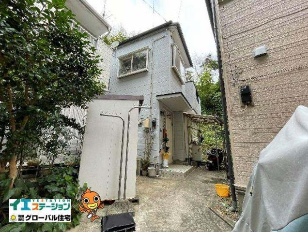 有限会社グローバル住宅 外観写真 平成5年に建築された中古住宅です!