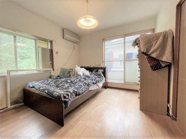 有限会社グローバル住宅 内観写真 2階洋室です♪4LDKの中古住宅です。