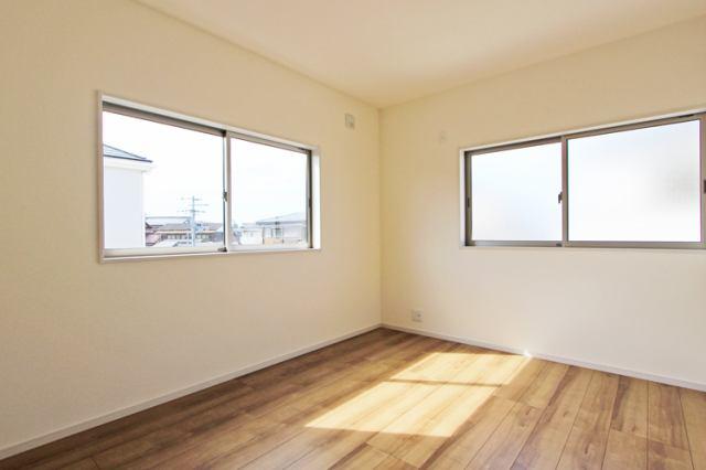 (洋室) 2階は全室6帖以上!是非とも子供にひとり部屋!