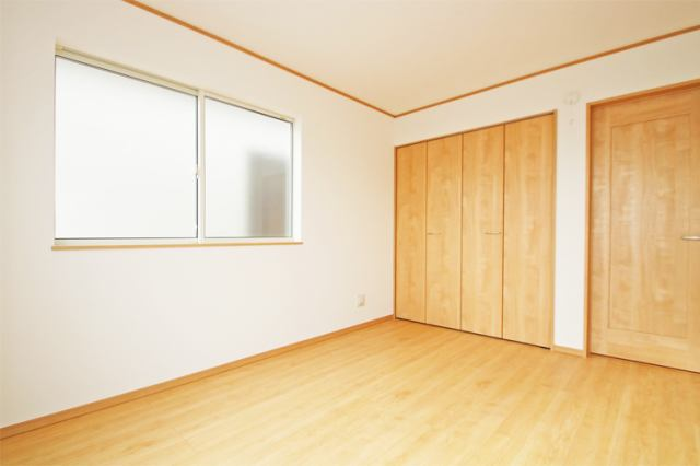 (同仕様・洋室)もちろん全室収納付き!古いタンスはいりません!