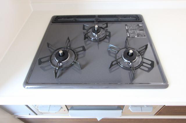 (ガスコンロ)お料理はかどる3つくちコンロ!安全装置でうっかり防止!