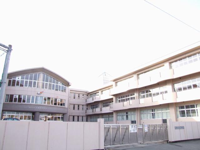 柳生中学校