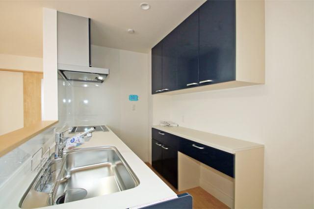 (キッチン)カウンターキッチン&食洗機&大容量のカップボード付!