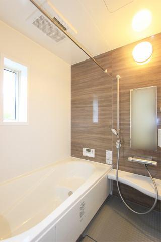 (浴室) 雨の日・梅雨の日・冬の時期、強~い味方の浴室乾燥!