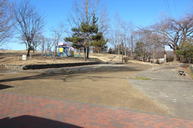 鶴が丘公園 徒歩6分