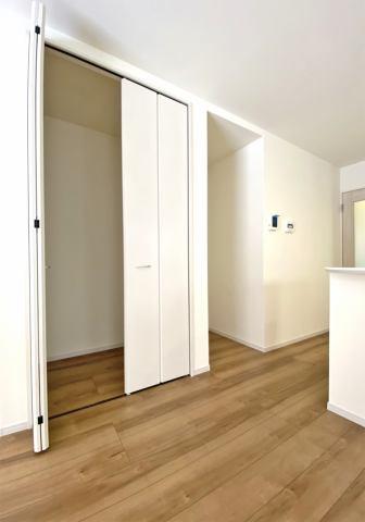 (収納)日用品の収納、整理に役立つリビング収納スペース♪