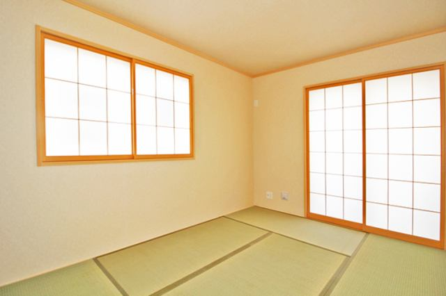 (同仕様・和室)布団をしまえる収納付き!調湿効果で毎日安眠!