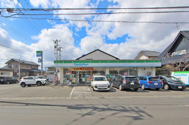 ファミリーマート上飯田店まで徒歩10分