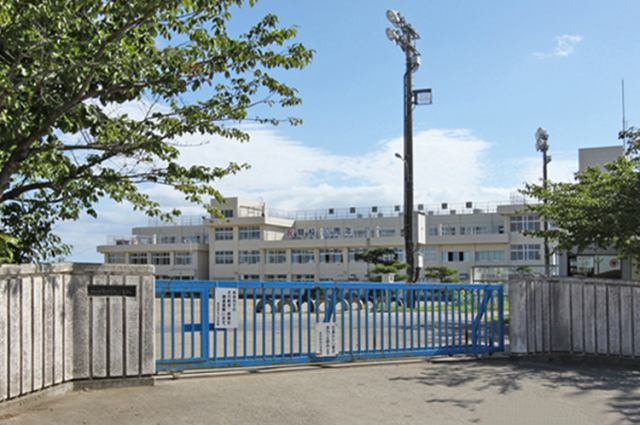 東四郎丸小学校まで徒歩9分