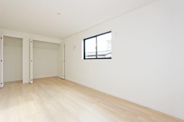 (同仕様・洋室)広々9帖 大きな洋室!主寝室にいかがでしょうか?