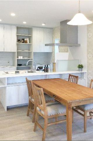 (キッチン)カップボード付き!お料理はかどる対面式&飾り棚もオシャレ♪