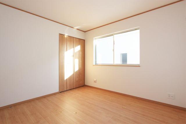 (洋室)2階の居室はすべて6帖以上!是非ともお子様にひとり部屋!