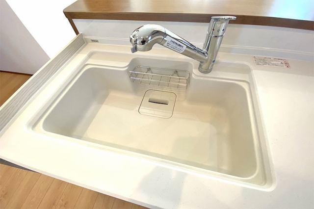 (浄水器付混合水栓)浄水器一体型です!塩素の匂い完全除去でお米もおいしく炊けます!