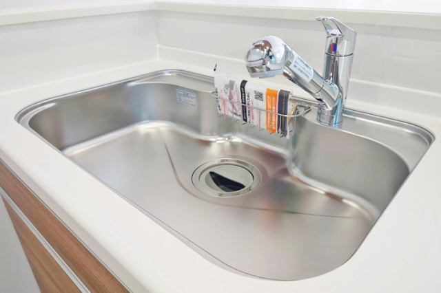 (浄水器付混合水栓)浄水器一体型です!塩素の匂いも軽減でお米もおいしく炊けます!