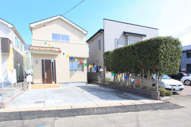 (現地写真)小・中学校が徒歩圏内!周辺も充実♪
