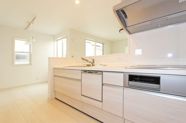 (キッチン) お料理はかどる対面式の食洗機付きキッチン!