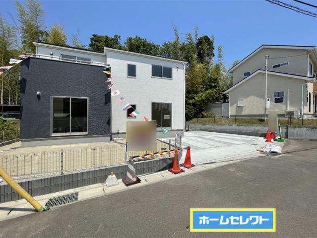 (現地写真)53坪のゆとりの敷地に駐車3台可能です♪