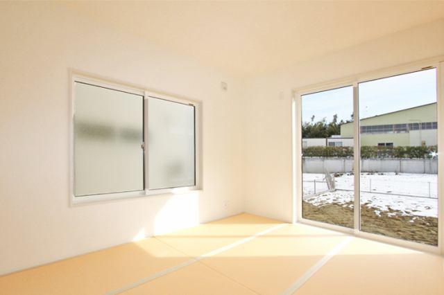 (同仕様・和室)お手入れ楽々ビニール畳!光を反し、明るい和室!