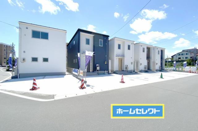 市名坂小学校まで徒歩11分現地(2021年7月)撮影