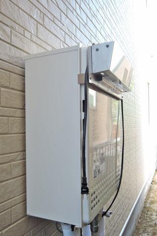 あらかじめ水を温める為、従来よりも少ないガス消費量で、効率よくお湯が沸かす省エネ性の高い給湯器。