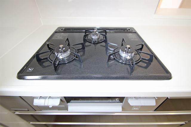 (同仕様・ガスコンロ)耐久性に優れてお掃除も楽々なホーロートップコンロ♪