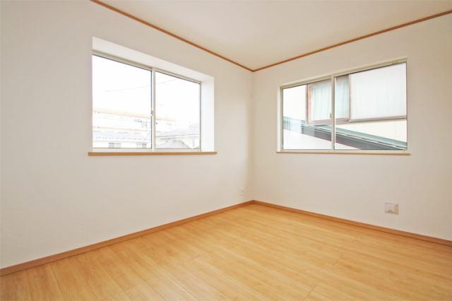 (同仕様・洋室)全室南向き!とっても明るい洋室です!