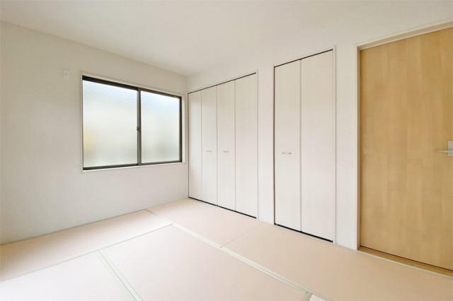 (和室)ご両親やお友達が泊まりにきた時にゆったりくつろげる和室です♪