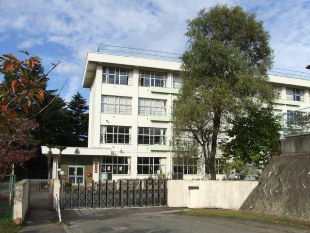 上野山小学校徒歩15分