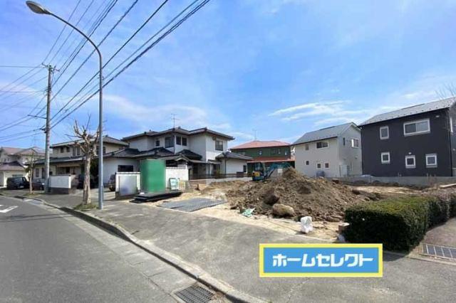 日吉台小学校まで徒歩2分の好立地♪現地(2021年3月)撮影