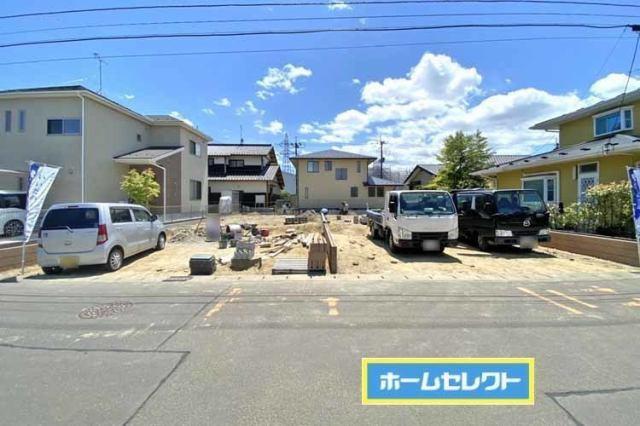 並列駐車3台分可能な敷地の広さ!現地(2021年5月)撮影