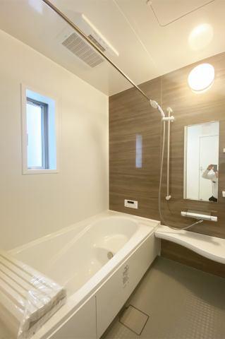 (浴室)雨の日・梅雨の日・冬の時期、強~い味方の浴室乾燥!
