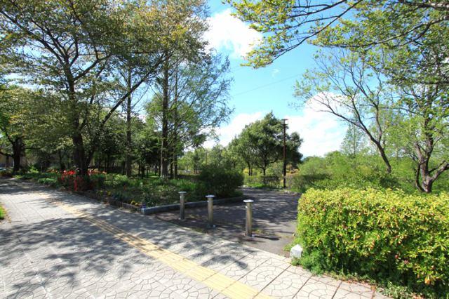 桜ケ丘公園 徒歩12分