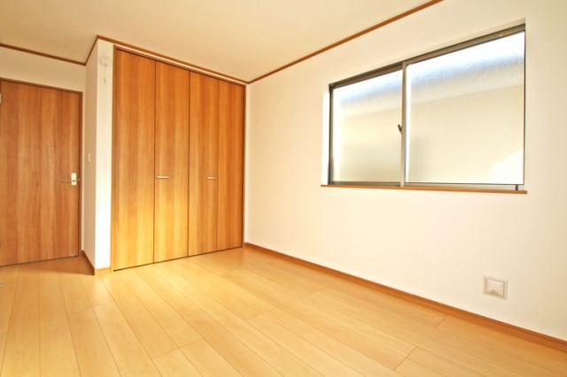 (同仕様・洋室)大きな洋室!主寝室にいかがでしょうか?
