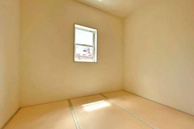 (和室)一部屋あると嬉しい和室。客間、晩酌、家族団らんetc・・・色々使えますね♪
