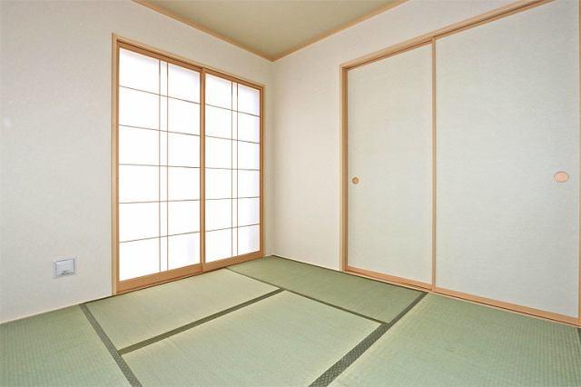 (同仕様・和室)やっぱり和室があると落ち着きますね!子育てスペースとしても重宝します!